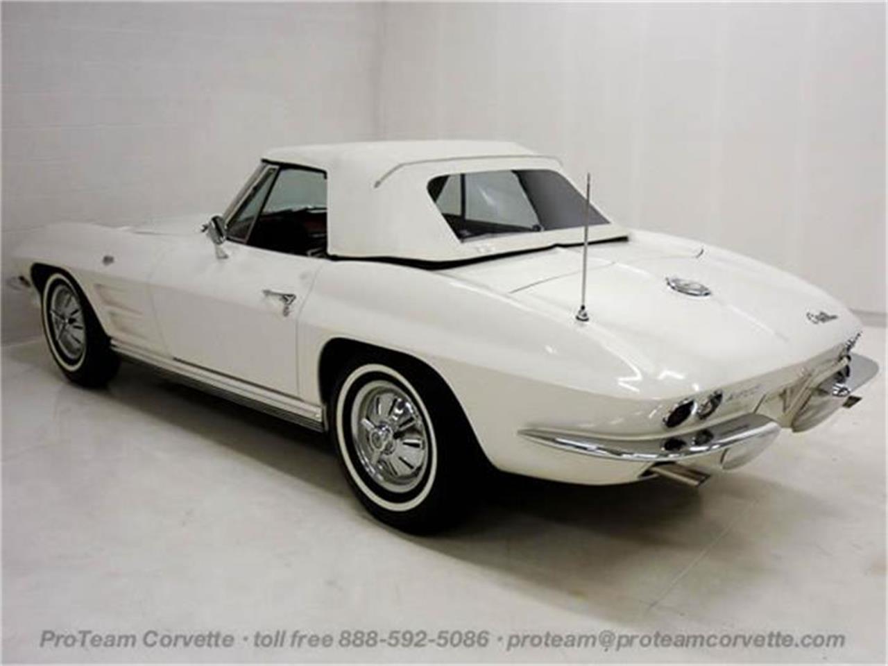 Large Picture of '64 Corvette - I097