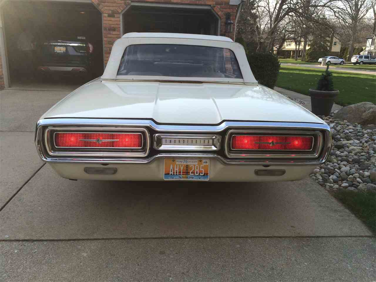 Large Picture of Classic '64 Ford Thunderbird Offered by a Private Seller - I1T6