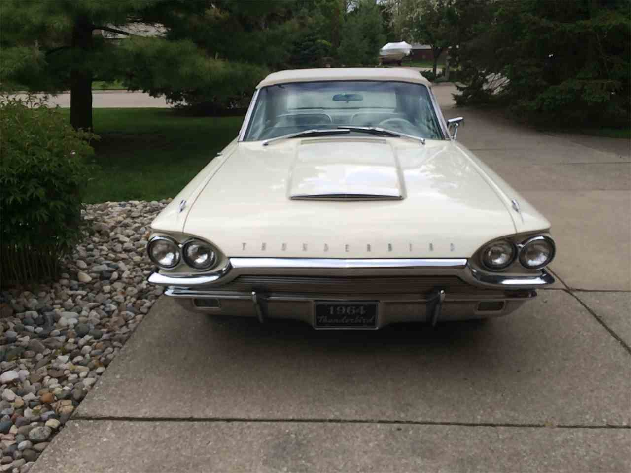 Large Picture of '64 Thunderbird - $27,500.00 - I1T6