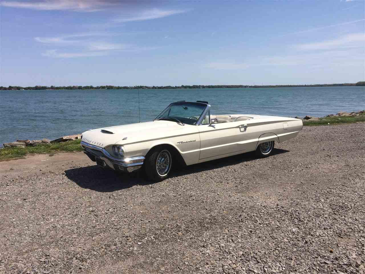 Large Picture of Classic '64 Ford Thunderbird located in Grosse Ile Michigan - I1T6