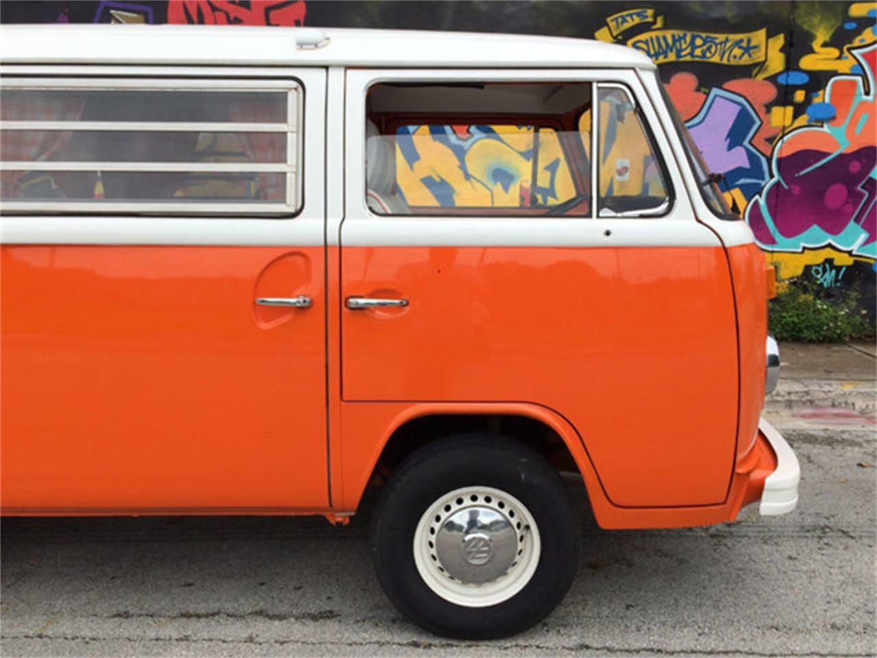 1973 Volkswagen Bus For Sale Classiccars Com Cc 842509