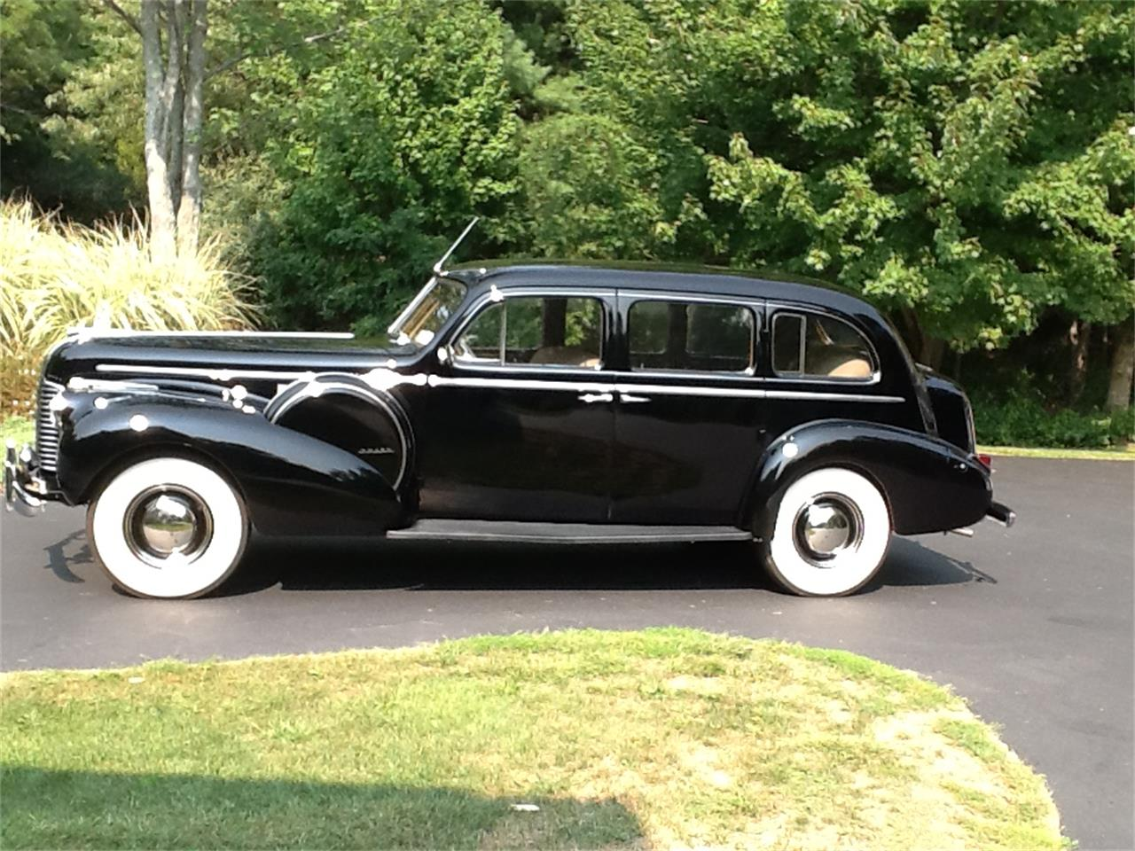 Large Picture of Classic '40 Buick Limited - I27M