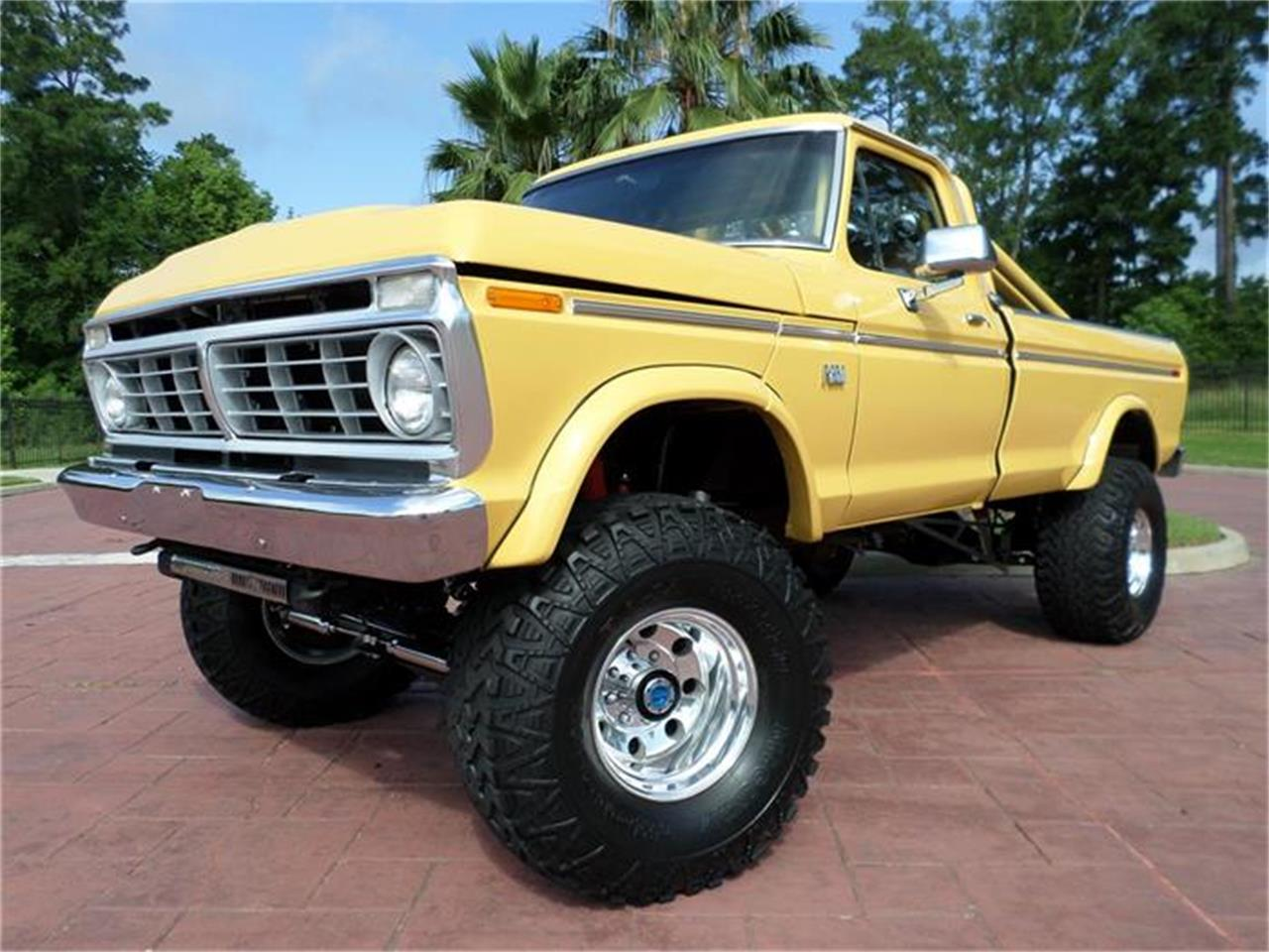 Large Picture of 1974 Ford F250 Offered by Texas Trucks and Classics - I28N