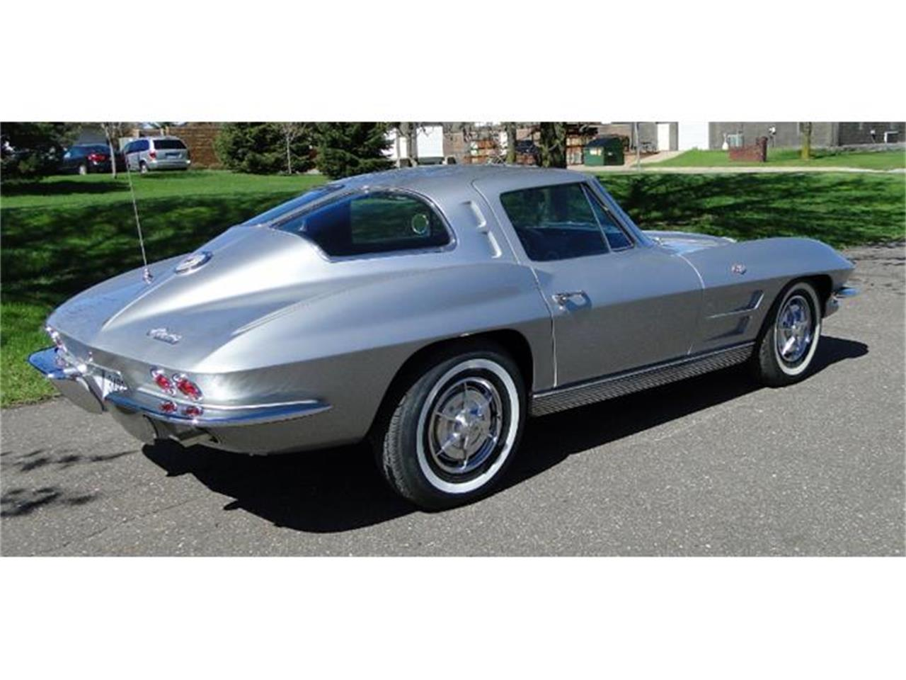 Large Picture of Classic '63 Chevrolet Corvette located in Minnesota - $85,000.00 Offered by Big R's Muscle Cars - I2BV