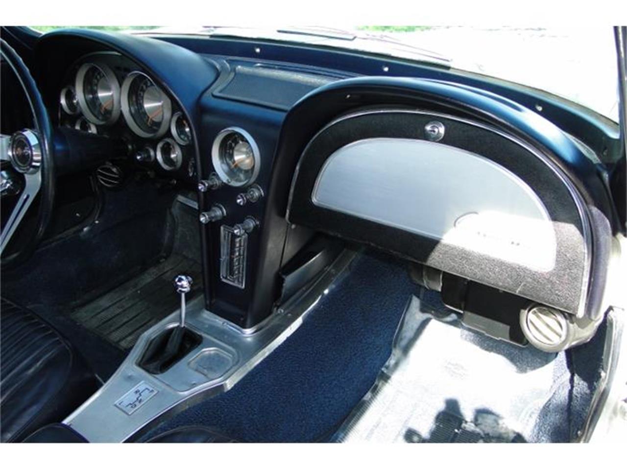 Large Picture of 1963 Corvette - I2BV