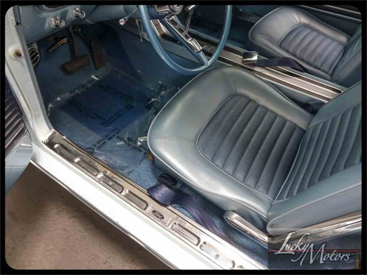 Large Picture of Classic 1966 Ford Mustang located in Elmhurst Illinois Offered by Lucky Motors Of Villa Park - I2F6
