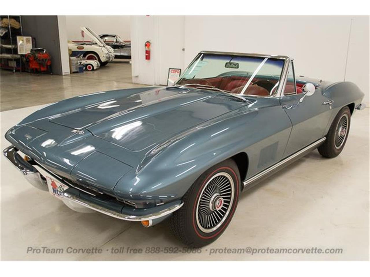 Large Picture of '67 Corvette - I353