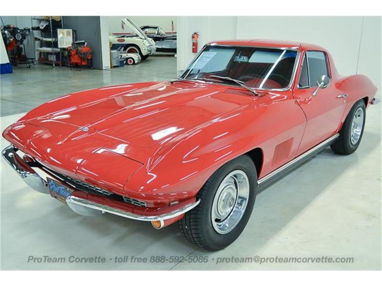 Large Picture of Classic 1967 Corvette located in Napoleon Ohio - I35A