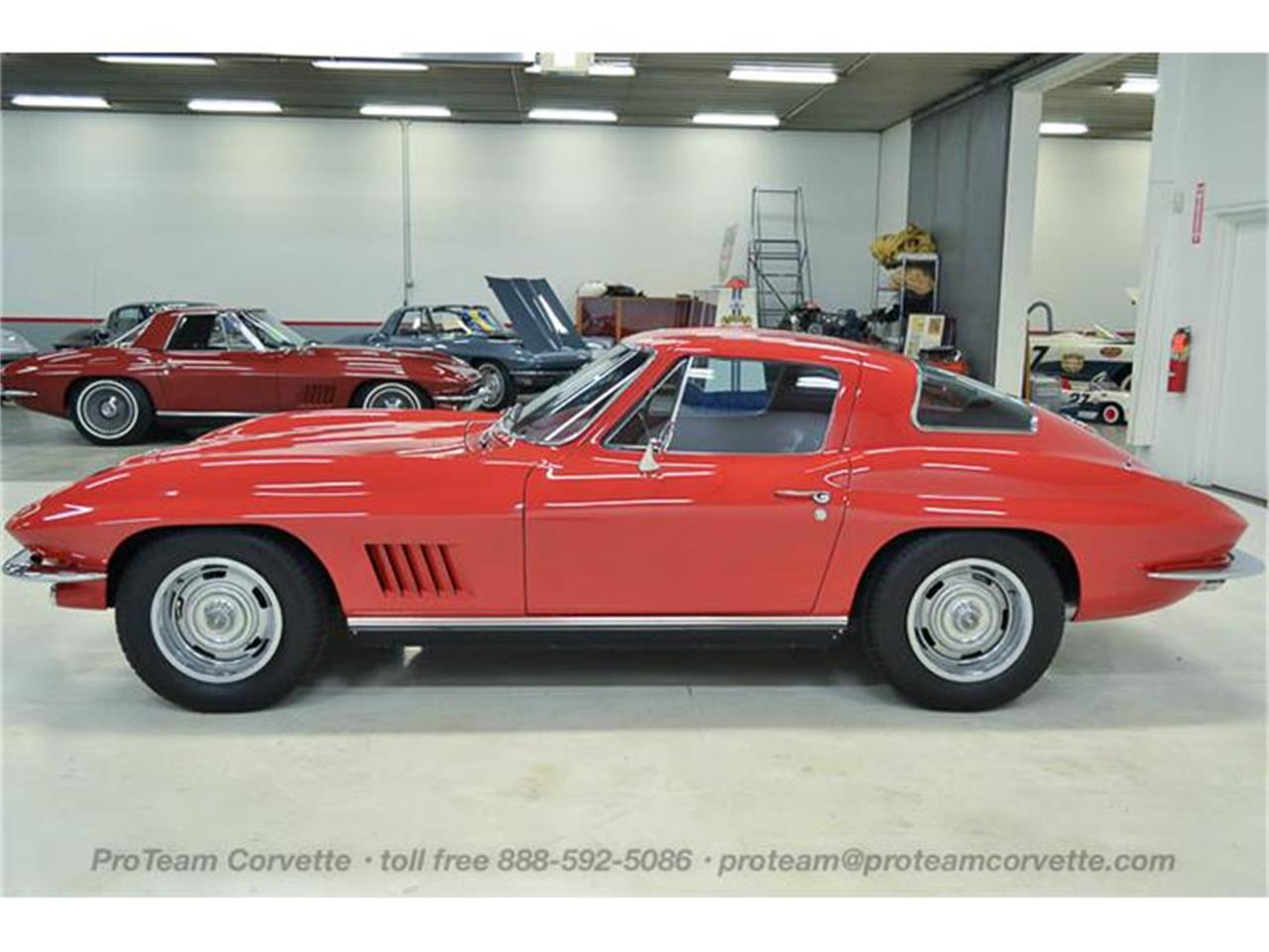 Large Picture of Classic '67 Chevrolet Corvette - $69,998.00 - I35A
