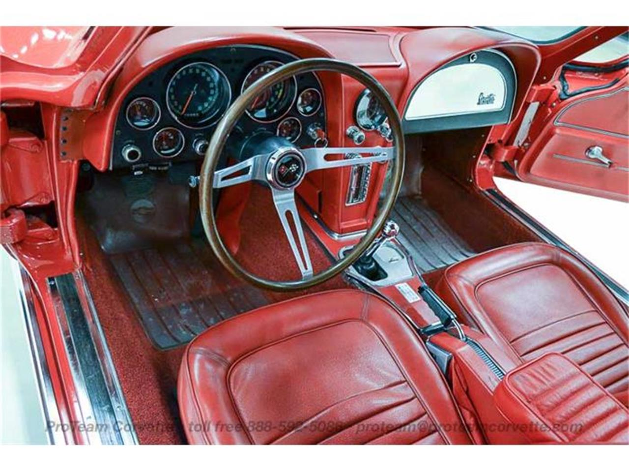 Large Picture of Classic 1967 Corvette - I35A