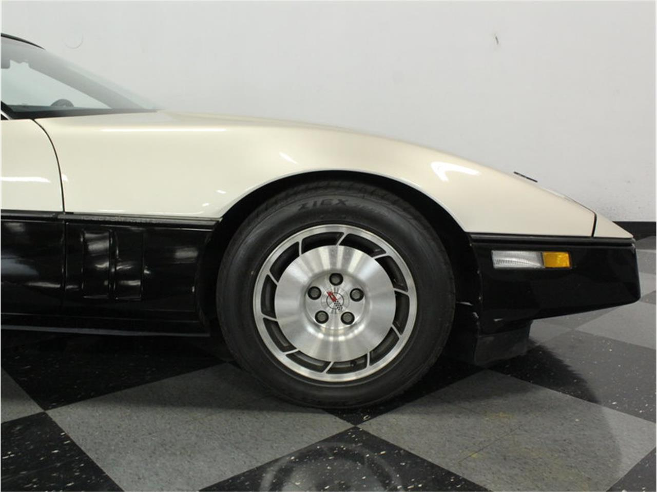 Large Picture of '86 Corvette Malcolm Konner Edition - I0G8