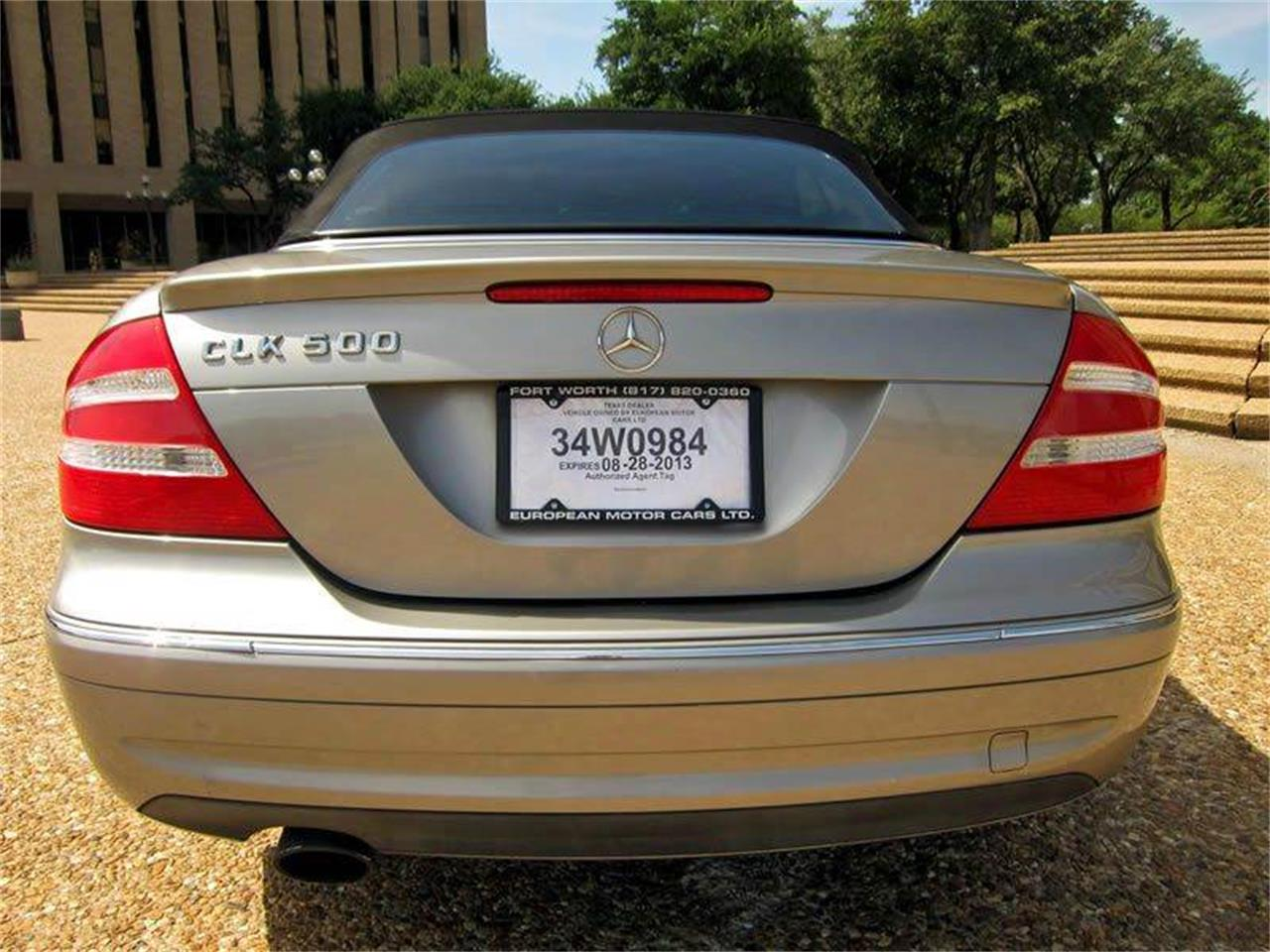 Large Picture of '05 CLK-Class located in Fort Worth Texas - $9,995.00 - I36E