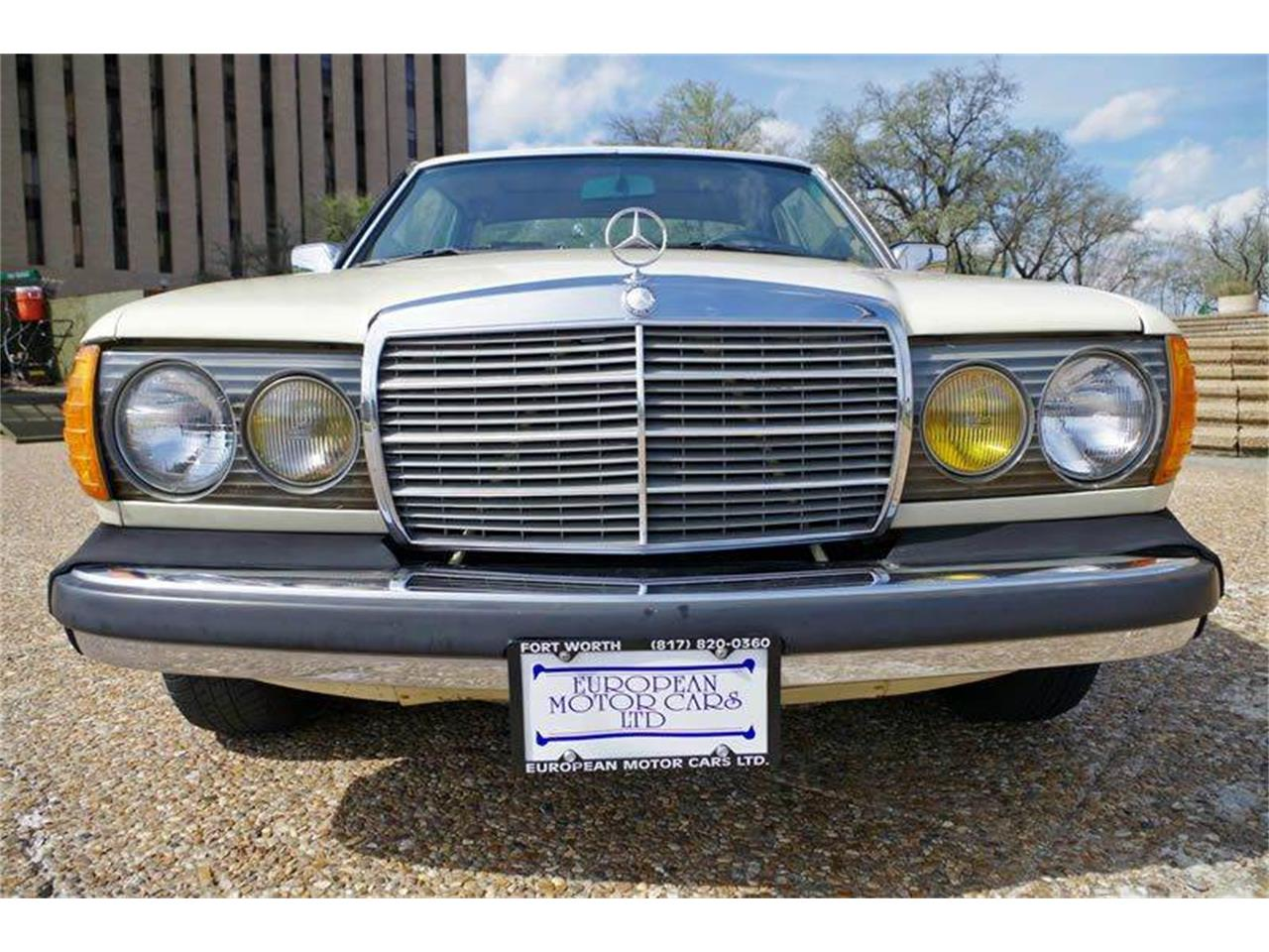 Large Picture of 1985 Mercedes-Benz 300 located in Fort Worth Texas - $8,995.00 - I36N