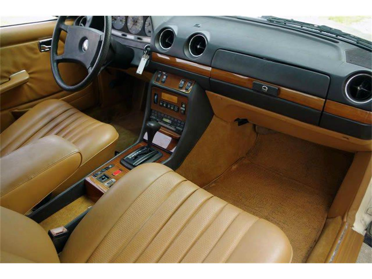 Large Picture of 1985 Mercedes-Benz 300 - $8,995.00 - I36N