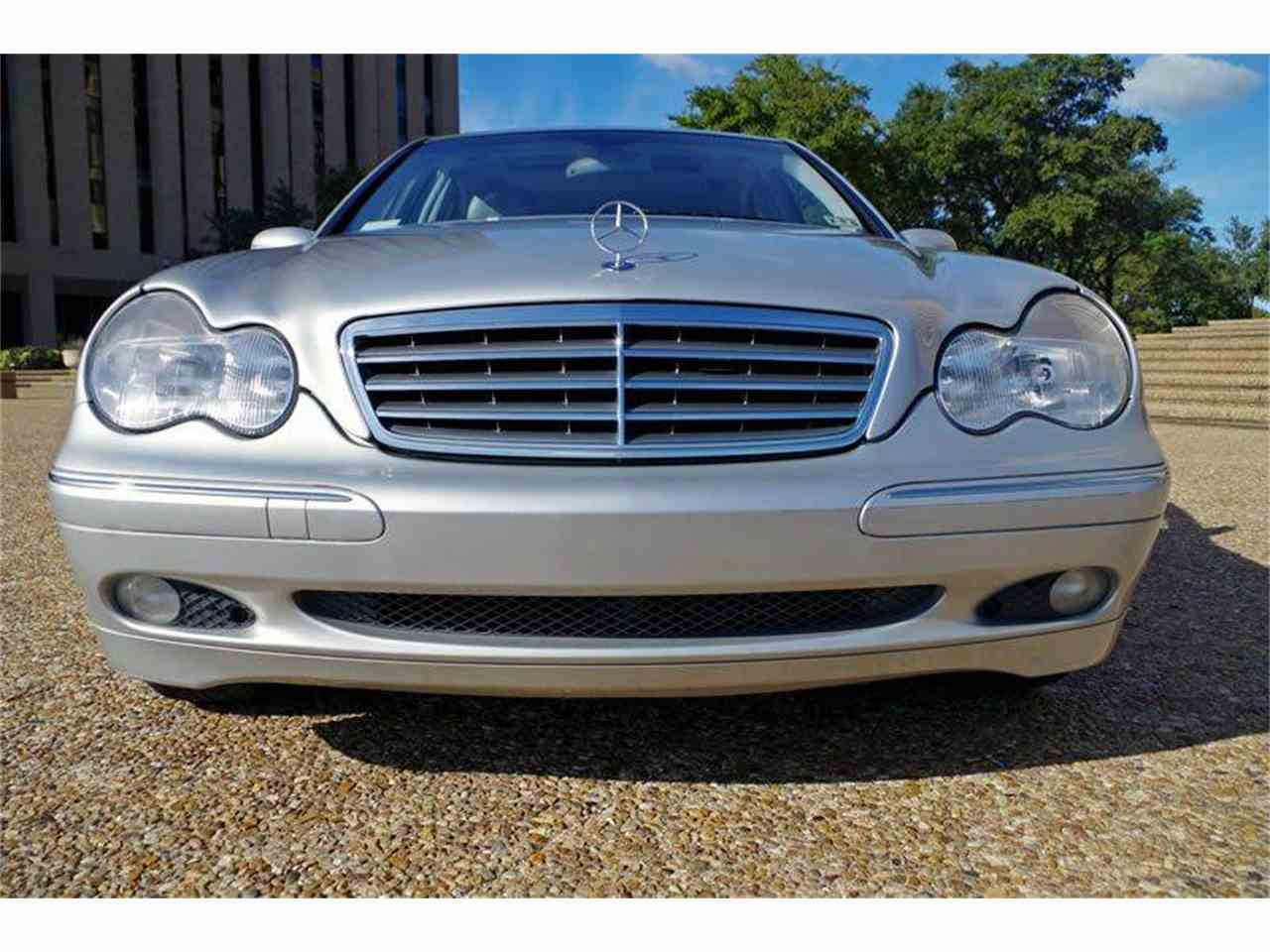 Large Picture of 2004 C-Class - I36Y