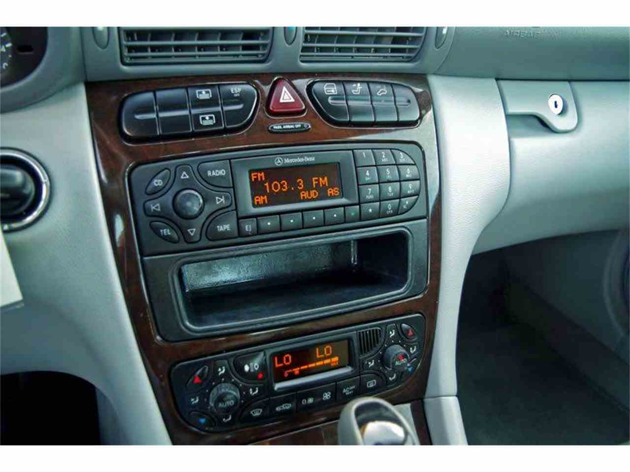 Large Picture of 2004 Mercedes-Benz C-Class Offered by European Motor Cars LTD - I36Y