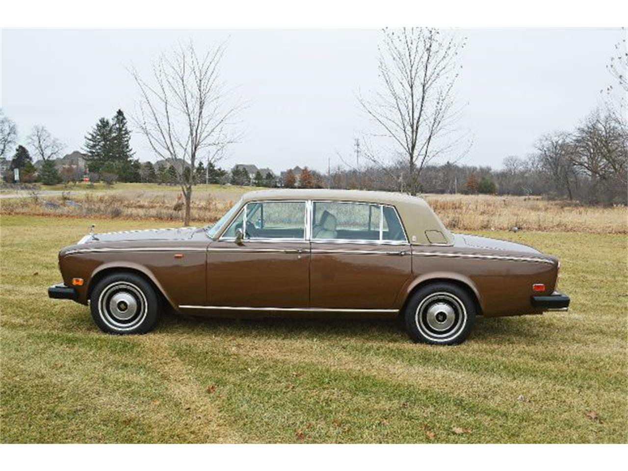 Large Picture of '80 Rolls-Royce Silver Shadow located in Illinois - $35,900.00 - I38L