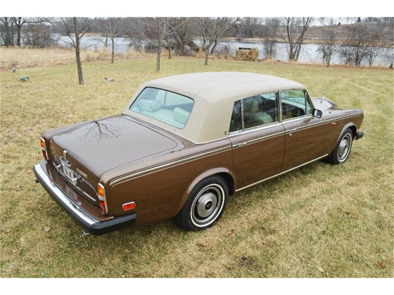 Large Picture of 1980 Silver Shadow - I38L