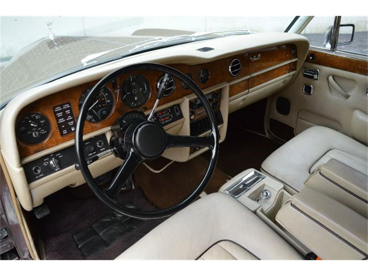 Large Picture of '80 Rolls-Royce Silver Shadow located in Carey Illinois - I38L