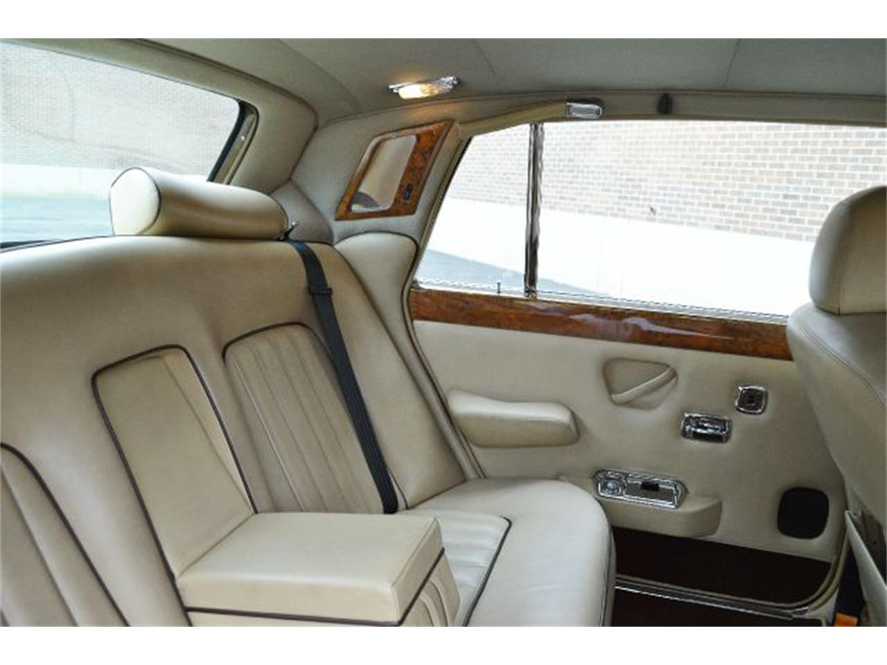 Large Picture of 1980 Rolls-Royce Silver Shadow located in Carey Illinois Offered by Park-Ward Motors - I38L