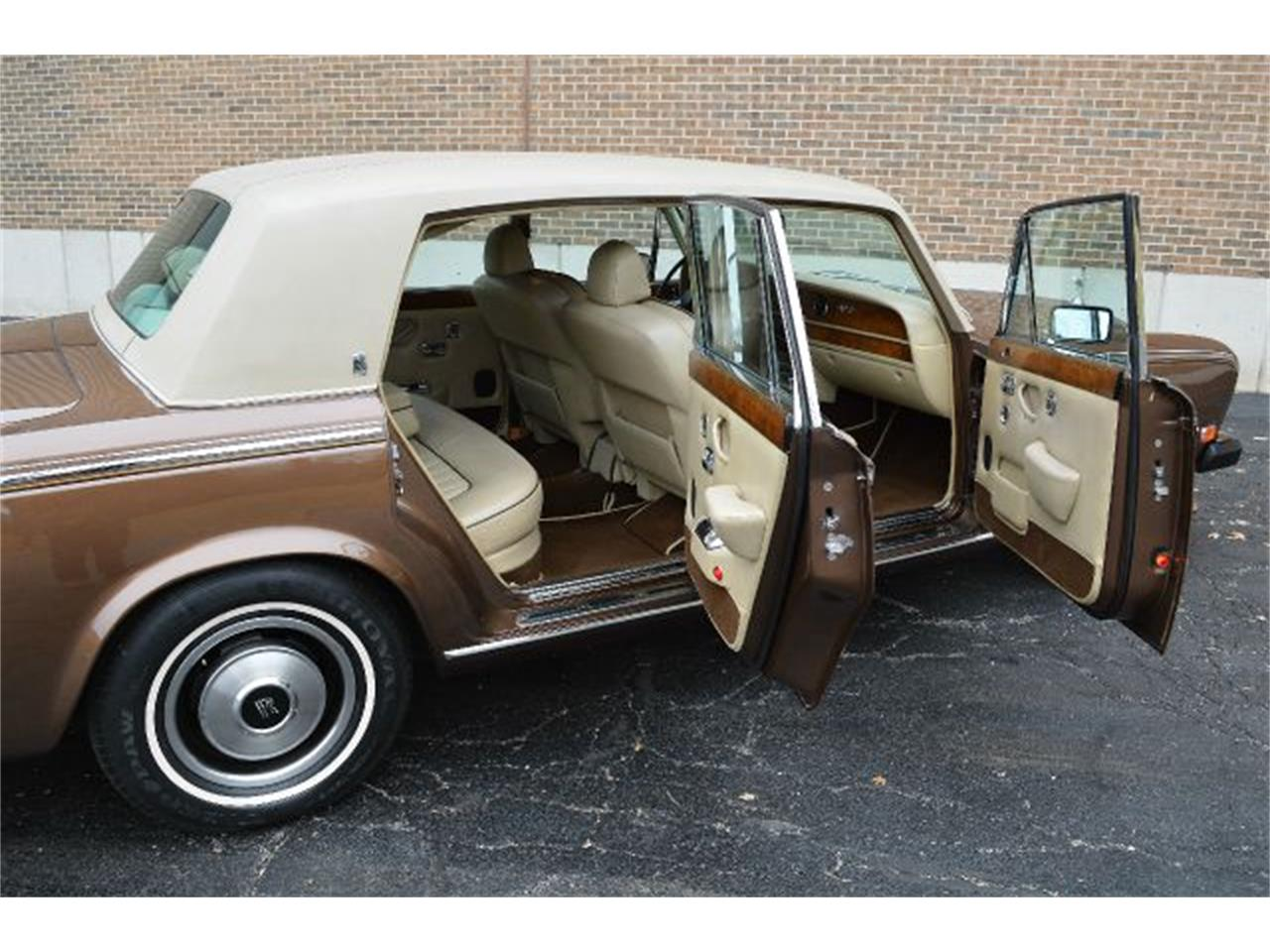 Large Picture of 1980 Rolls-Royce Silver Shadow - I38L