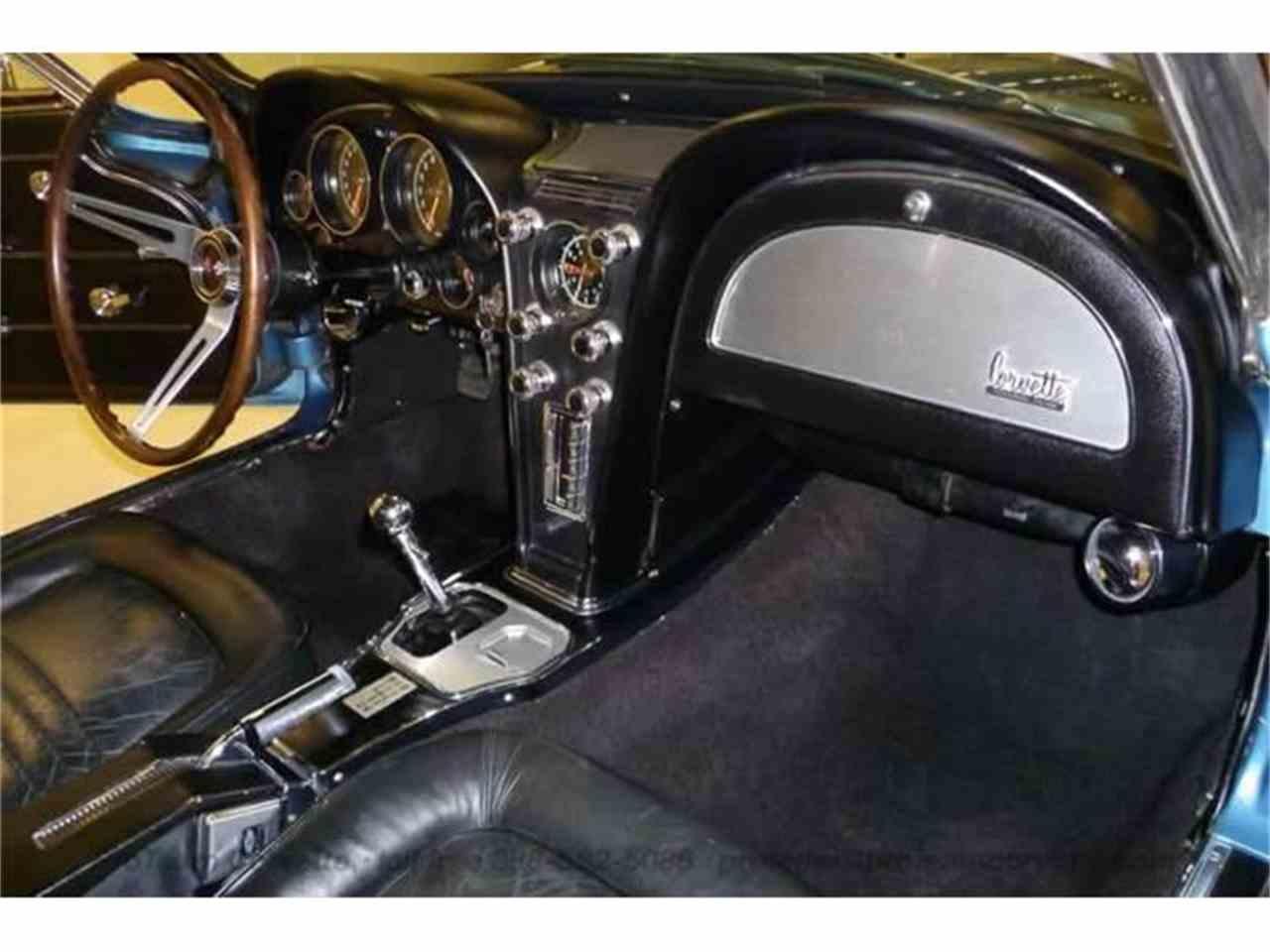 Large Picture of '67 Corvette - I3SX