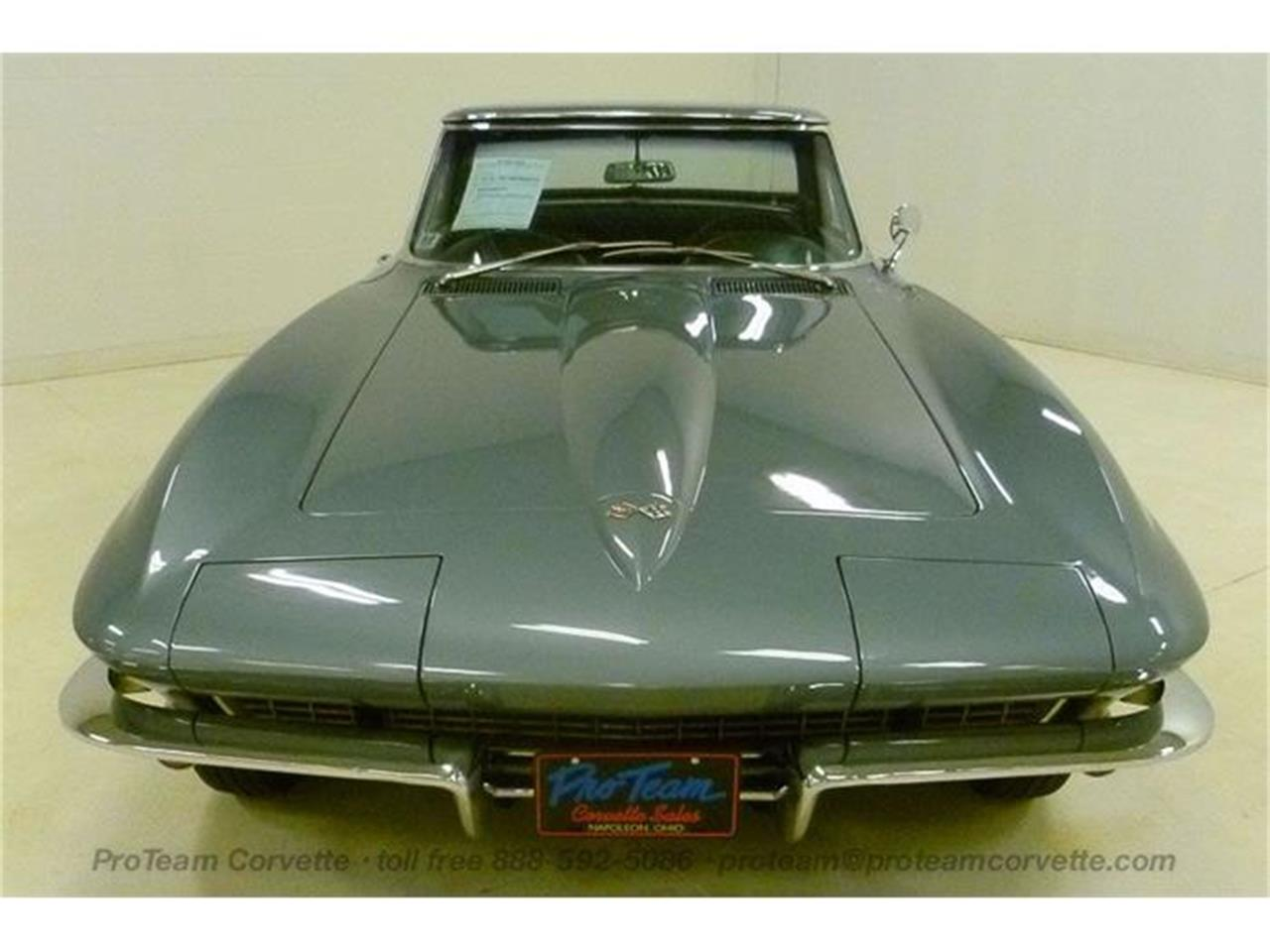 Large Picture of '67 Corvette located in Napoleon Ohio Offered by Proteam Corvette Sales - I3Y7