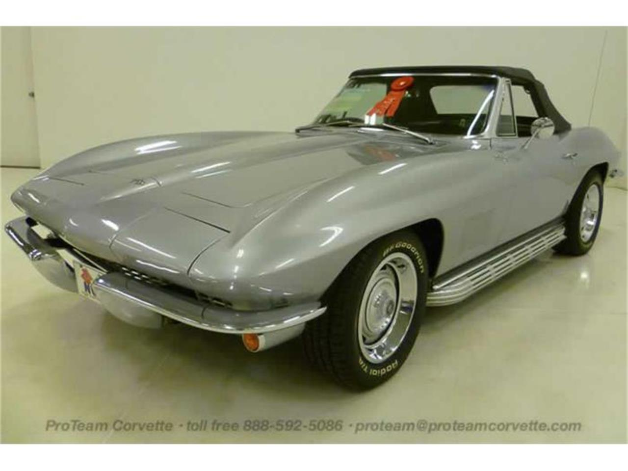 Large Picture of '67 Corvette - I43P