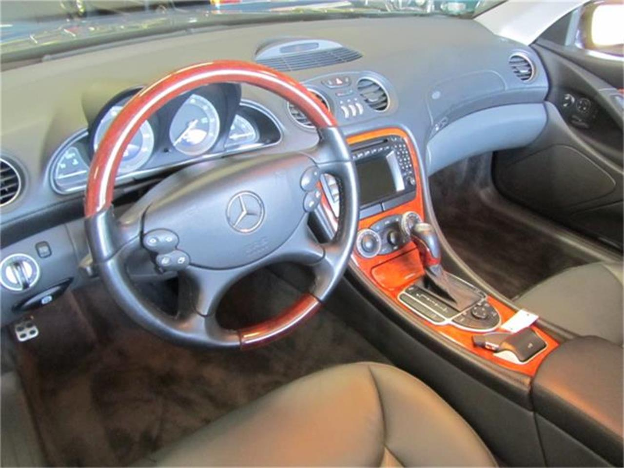 Large Picture of '03 Mercedes-Benz SL500 - $19,900.00 - I54G
