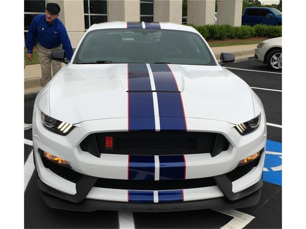 Large Picture of '16 Mustang Shelby 350R - I7BA