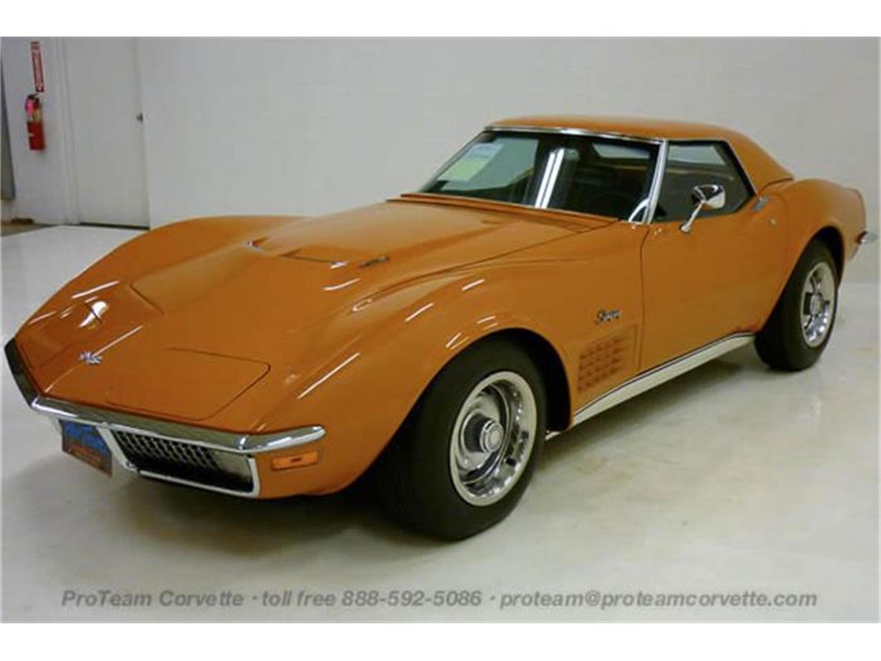 Large Picture of Classic '71 Corvette located in Napoleon Ohio Offered by Proteam Corvette Sales - I7BK