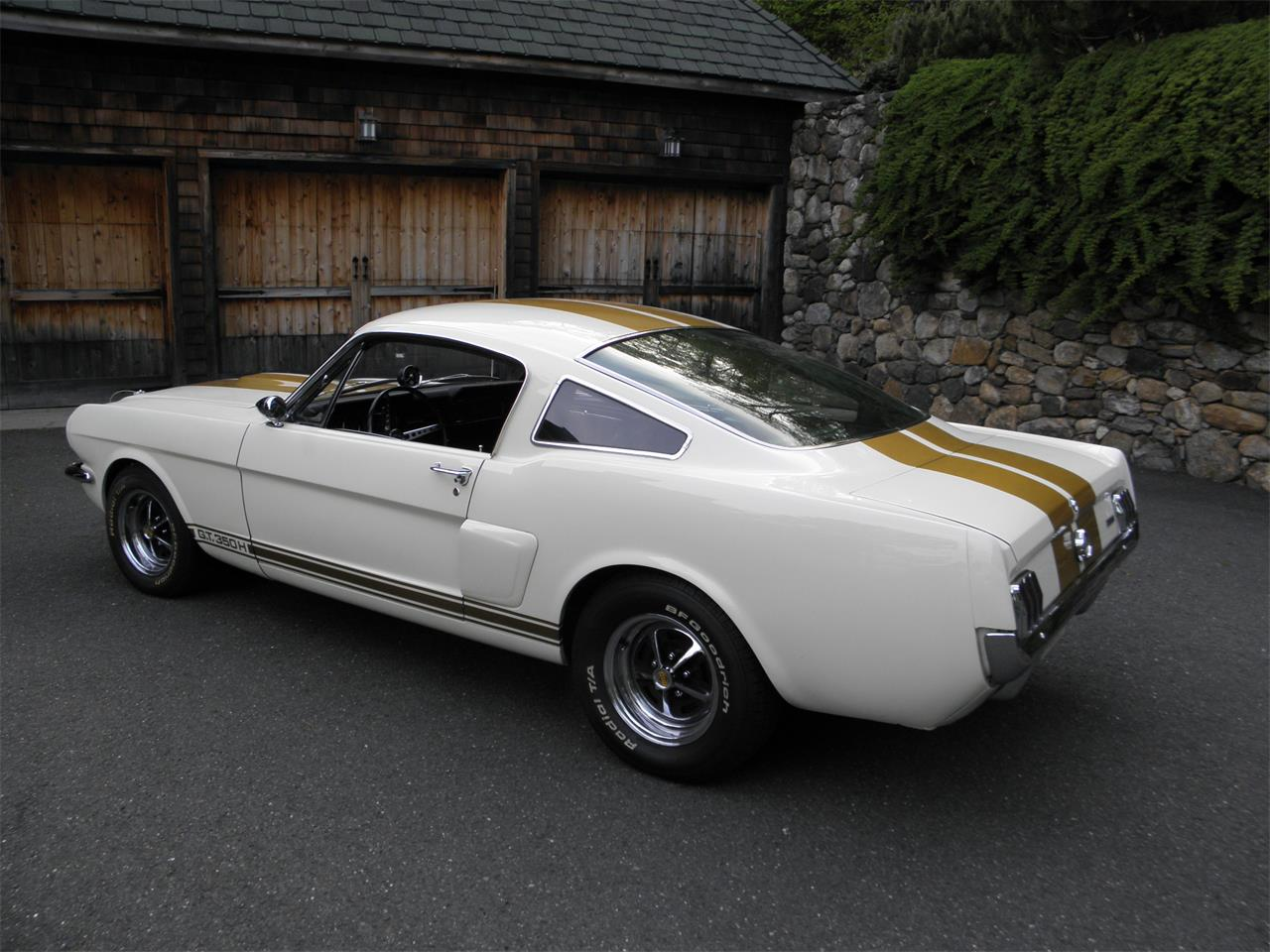 Large Picture of Classic 1966 Shelby Mustang located in Connecticut Auction Vehicle Offered by a Private Seller - I9VF