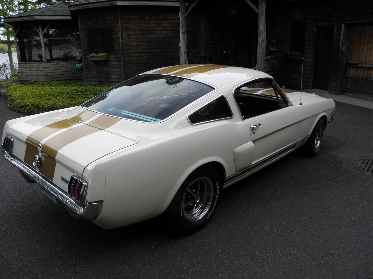 Large Picture of Classic 1966 Shelby Mustang Auction Vehicle Offered by a Private Seller - I9VF