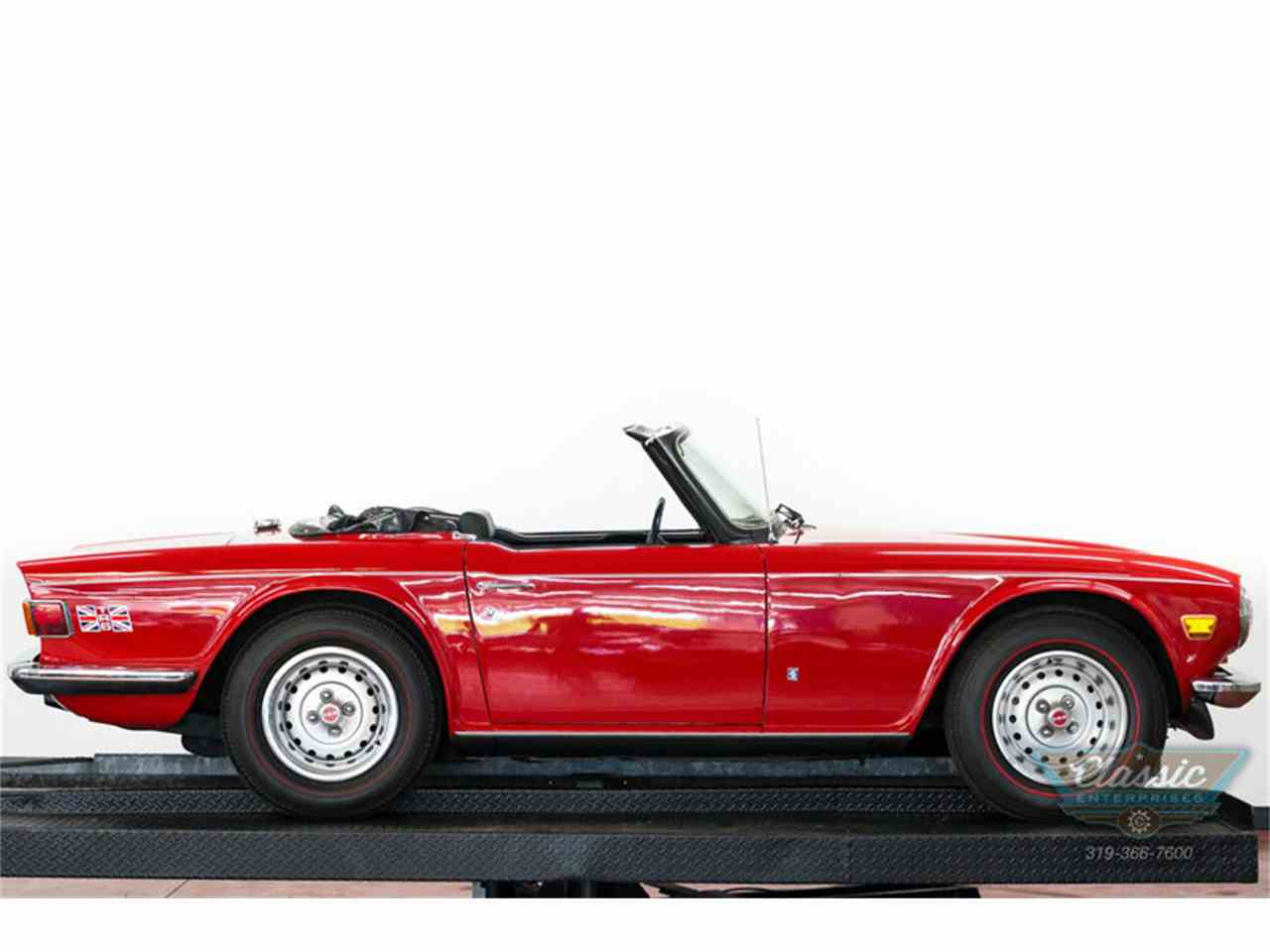 Large Picture of '73 TR6 - I82S