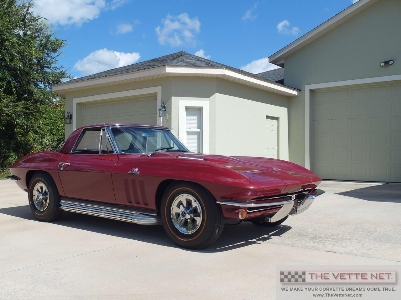 Large Picture of '65 Corvette - ICJP