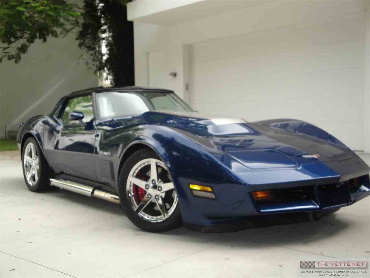 Large Picture of '81 Corvette - IE99