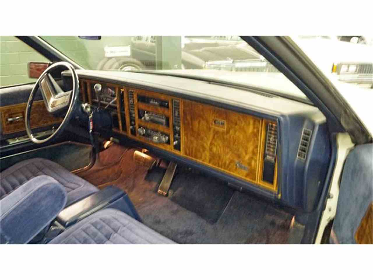 Large Picture of '81 Riviera - IGV5