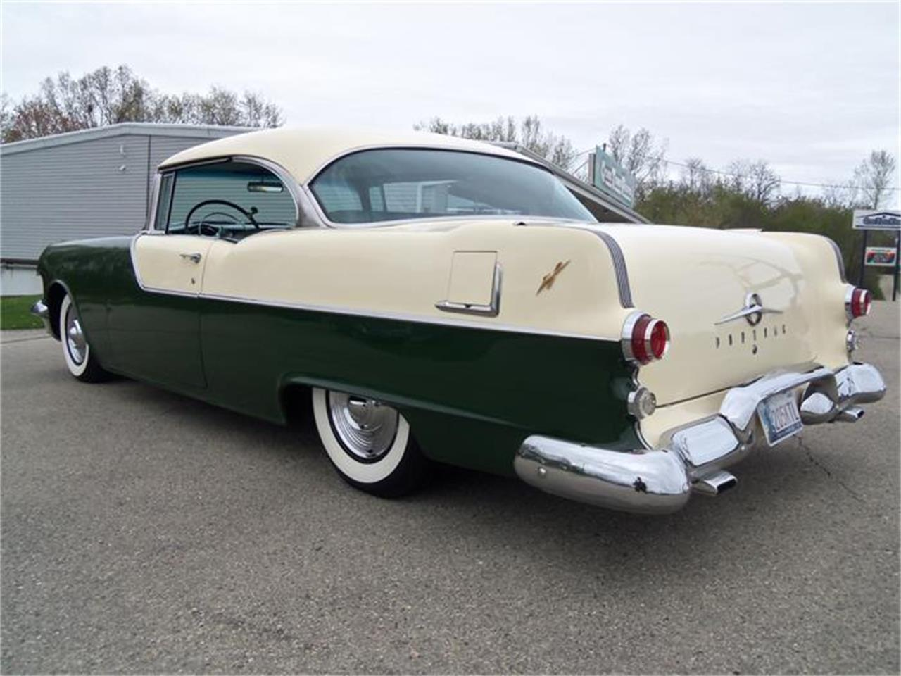 Large Picture of 1955 Pontiac Catalina located in Jefferson Wisconsin - IHS4