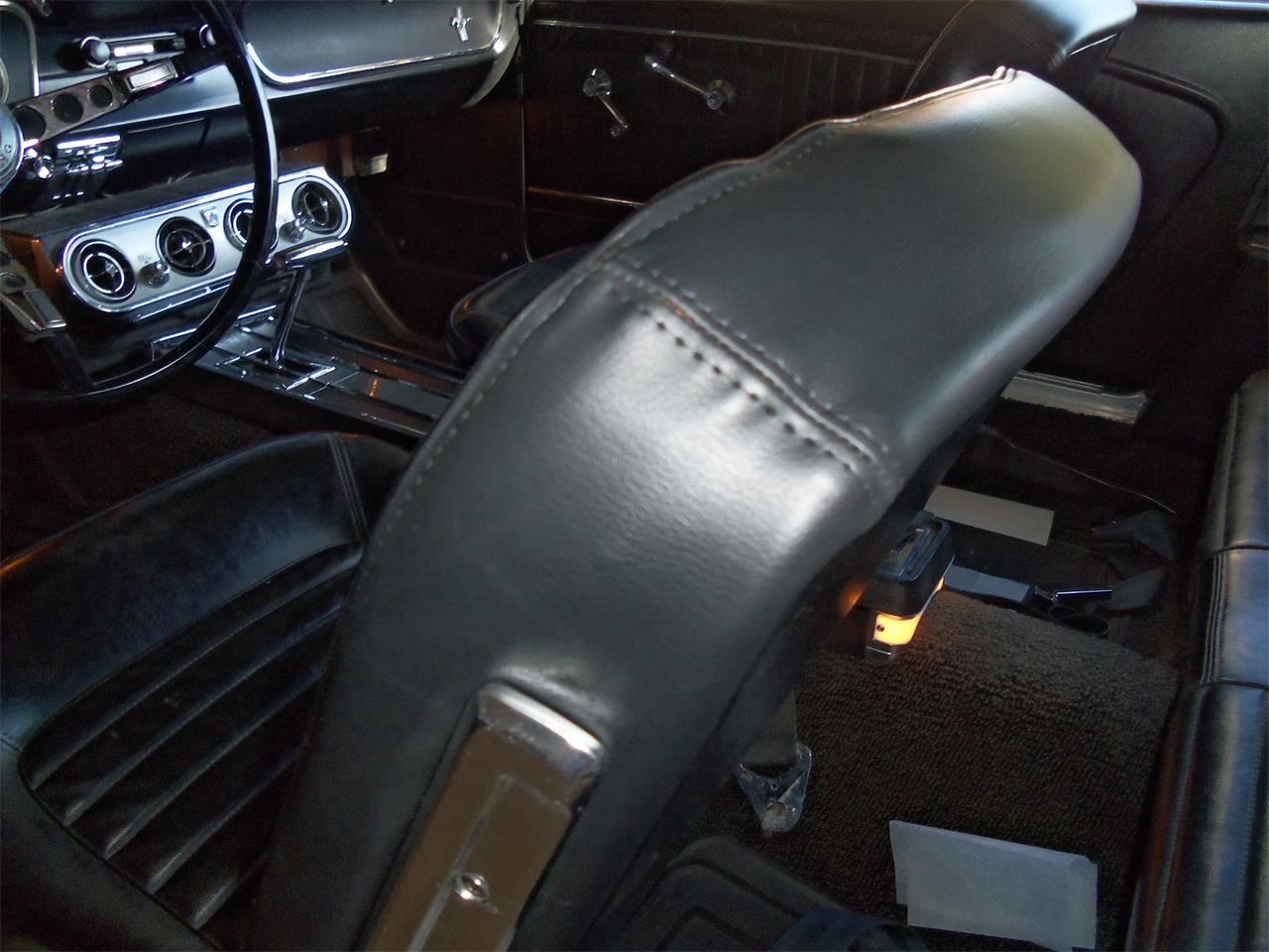 Large Picture of Classic 1965 Mustang located in Jefferson Wisconsin - $26,995.00 - IHST