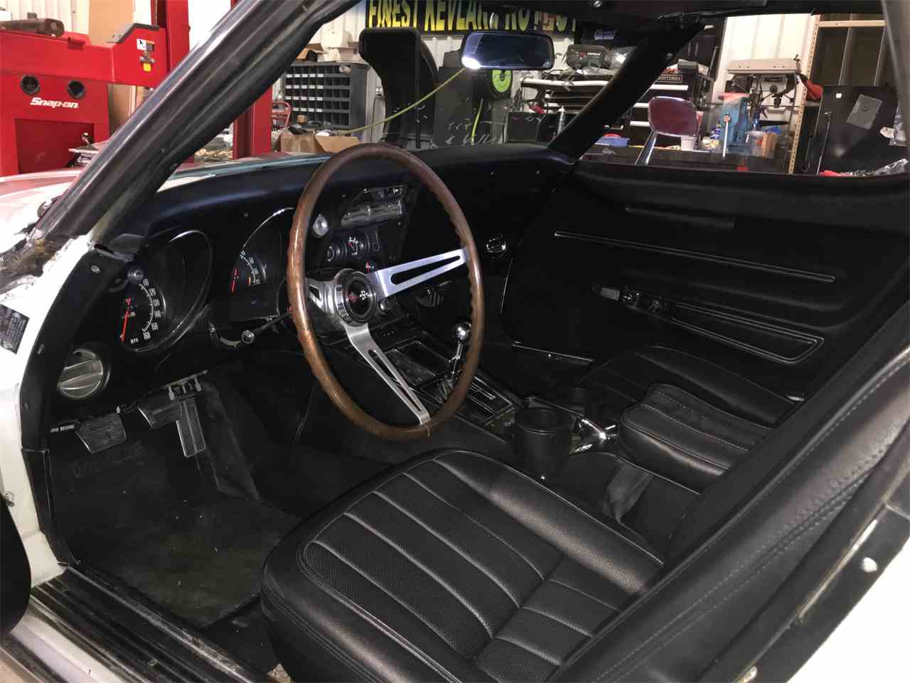 Large Picture of Classic '68 Corvette Offered by Schultheis Garage and Classics, LLC - IINV