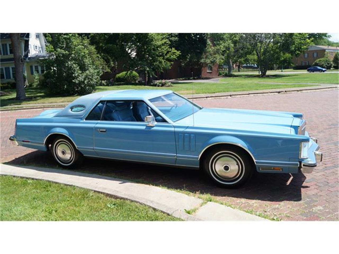 Large Picture of 1978 Lincoln Continental Mark V located in Canton Ohio Offered by Motorcar Portfolio - IJM5