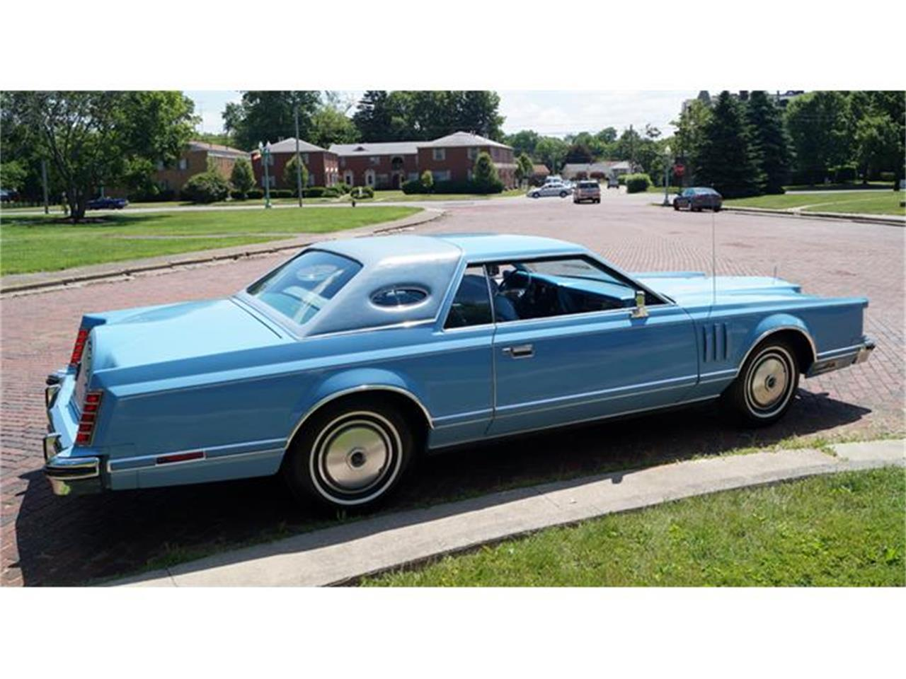 Large Picture of '78 Continental Mark V Offered by Motorcar Portfolio - IJM5