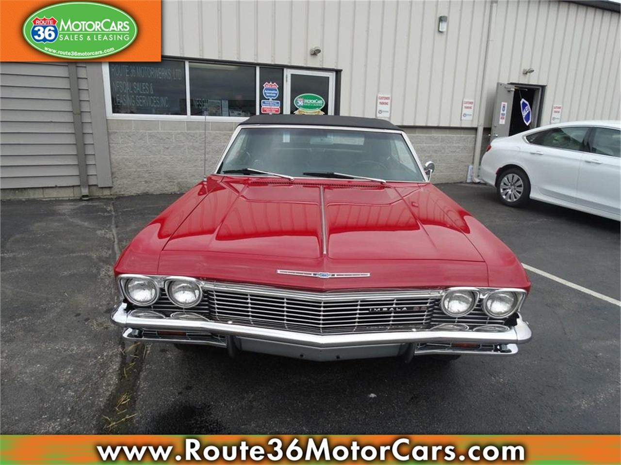 Large Picture of Classic 1965 Chevrolet Impala SS Offered by Route 36 Motor Cars - IKGZ