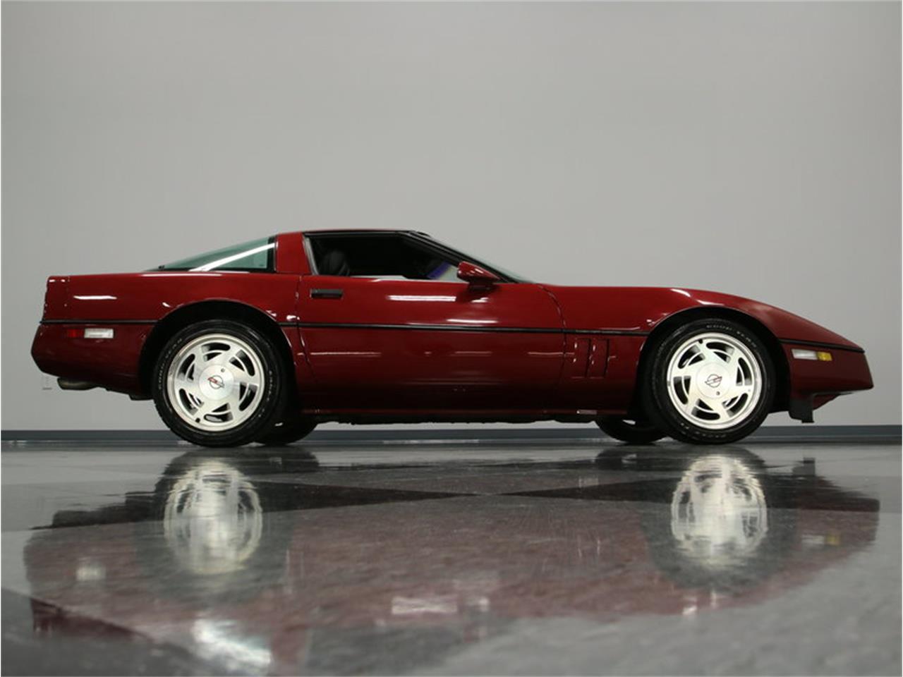 Large Picture of 1989 Chevrolet Corvette Offered by Streetside Classics - Nashville - IKOA