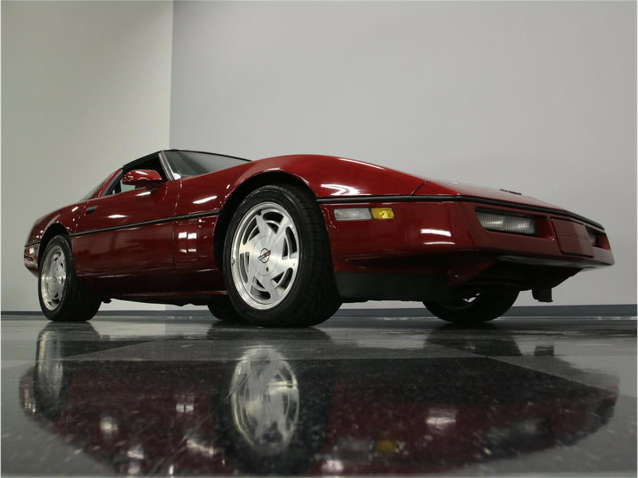 Large Picture of 1989 Chevrolet Corvette located in Lavergne Tennessee - IKOA