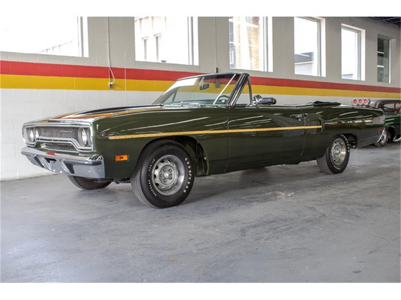 Large Picture of '70 Road Runner located in Quebec - $55,750.00 Offered by John Scotti Classic Cars - IMF1