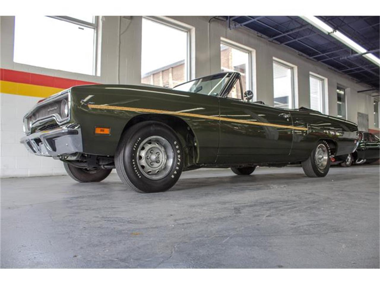 Large Picture of '70 Plymouth Road Runner - IMF1