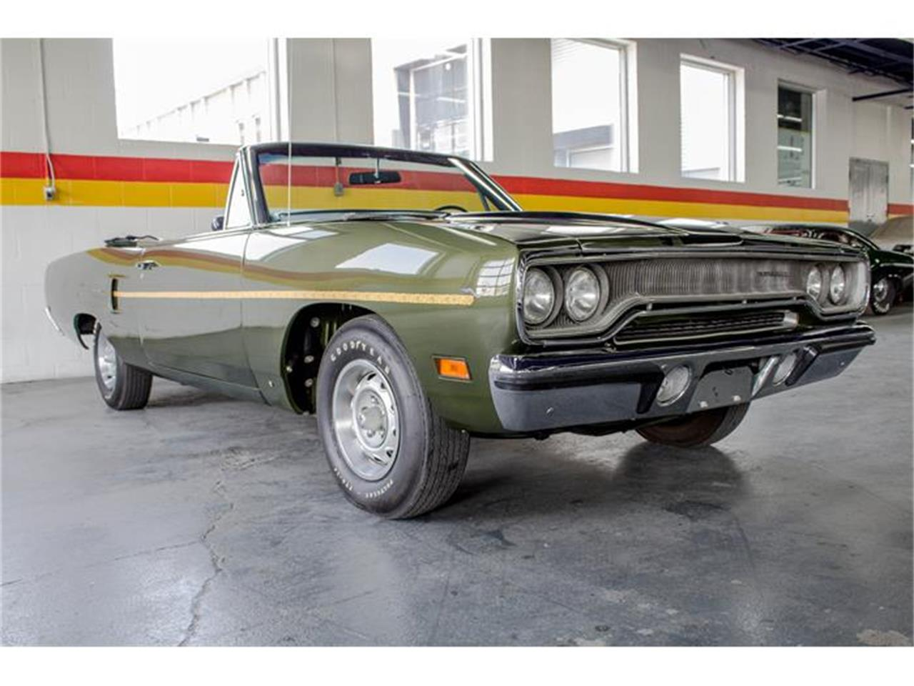 Large Picture of Classic 1970 Plymouth Road Runner located in Quebec - IMF1
