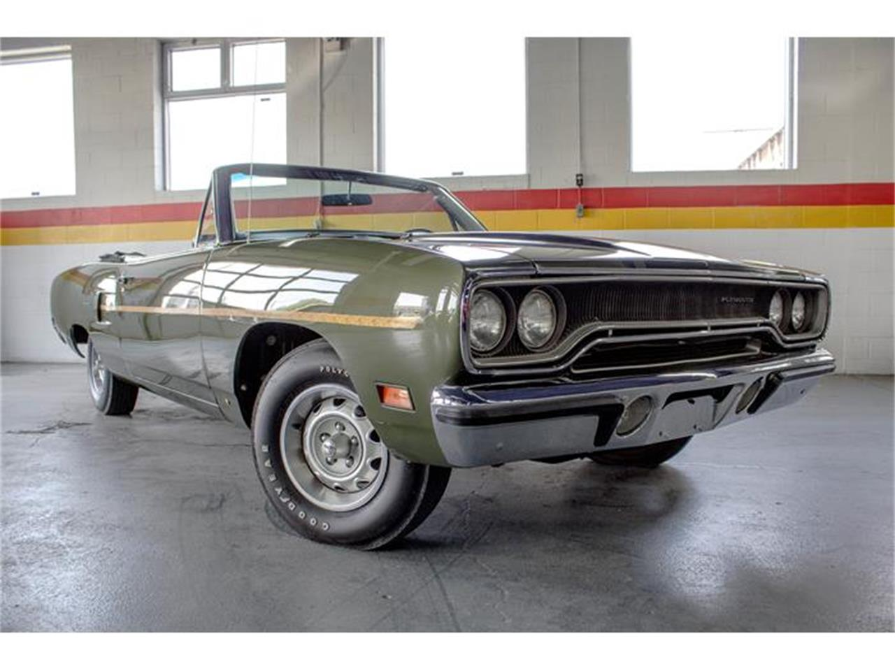 Large Picture of Classic 1970 Road Runner located in Montreal Quebec - $55,750.00 Offered by John Scotti Classic Cars - IMF1