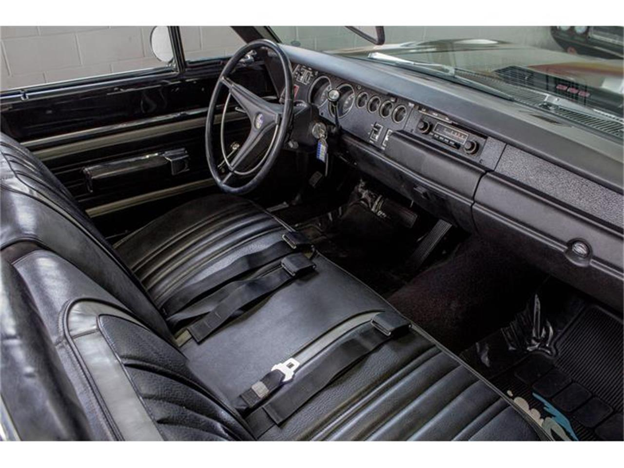 Large Picture of '70 Plymouth Road Runner located in Quebec - $55,750.00 - IMF1